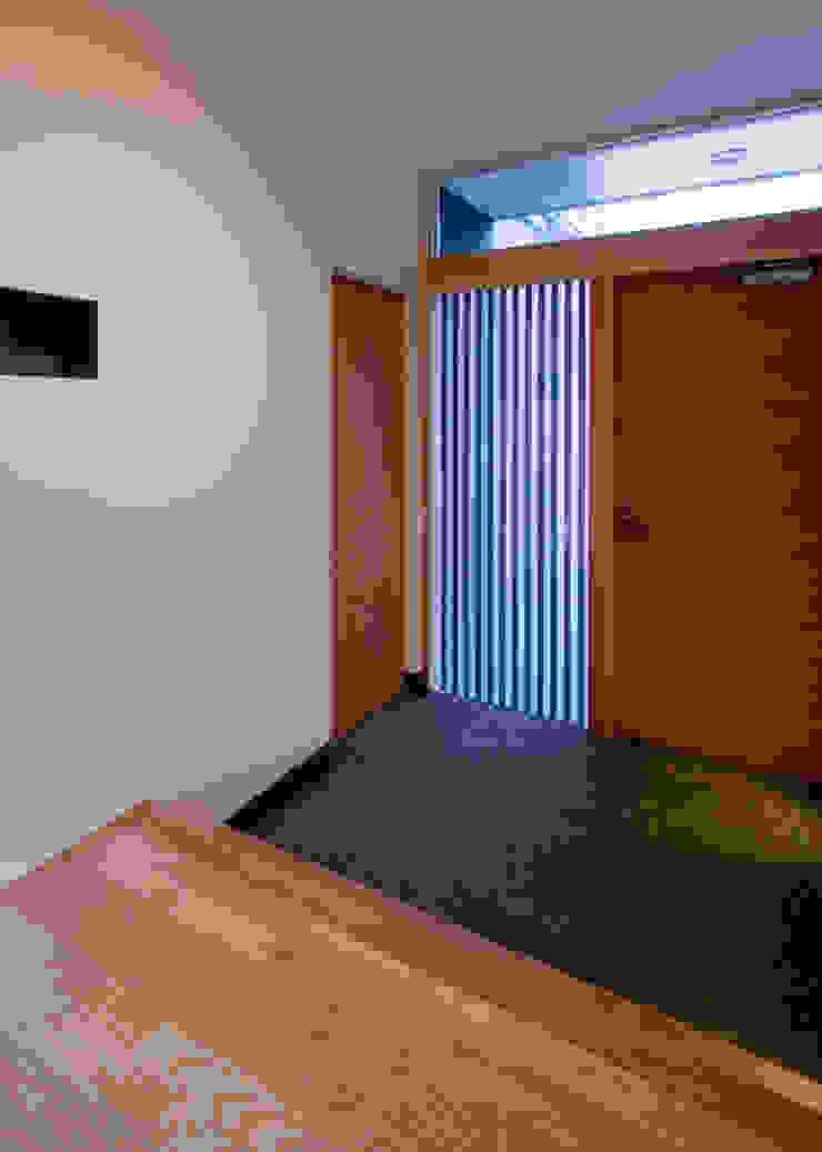 UG-act モダンな 窓&ドア の Y.Architectural Design モダン