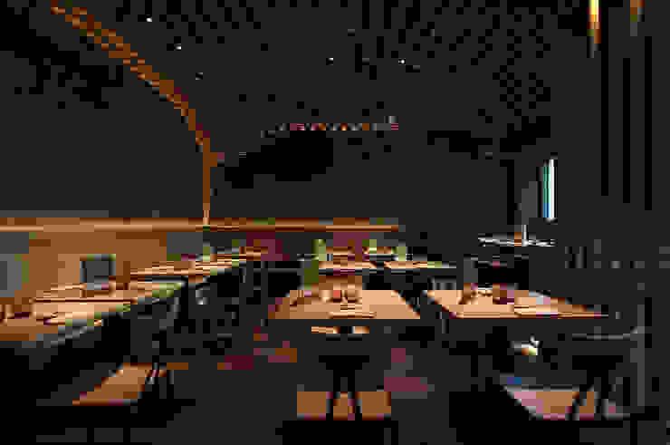 Bamboo Bar - Bolzano Gastronomia in stile moderno di Studio Marastoni Moderno