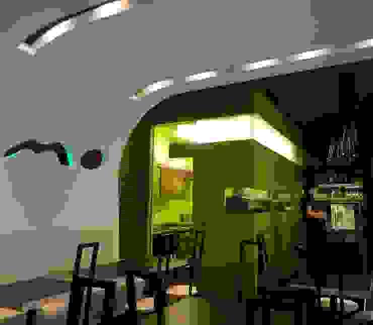 Momo - Merano Gastronomia in stile moderno di Studio Marastoni Moderno