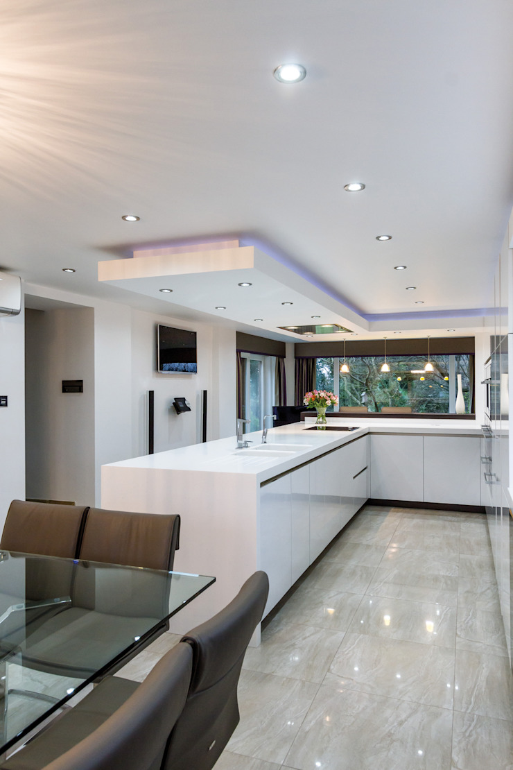 Blackburn Kitchen Minimalist kitchen by Stuart Frazer Minimalist