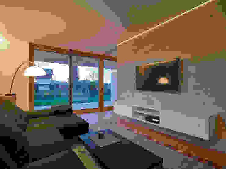 Haus R Moderne Wohnzimmer von raupach architekten Modern