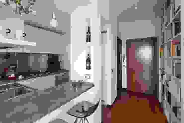 Cucina Cucina moderna di gk architetti (Carlo Andrea Gorelli+Keiko Kondo) Moderno
