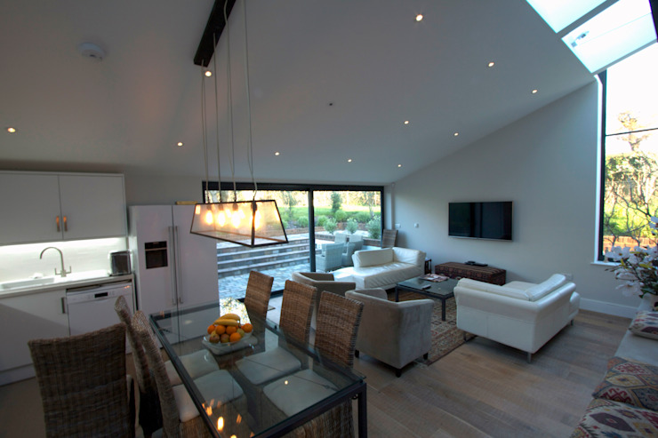 The Old Pest House, West Sussex Modern living room by jam Modern