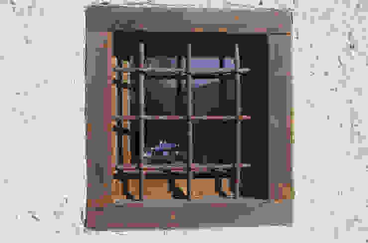 supercake Rustic style windows & doors
