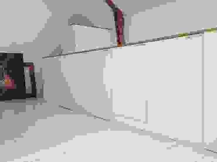 Rangement meuble garde-corps par Atelier Tresan Minimaliste