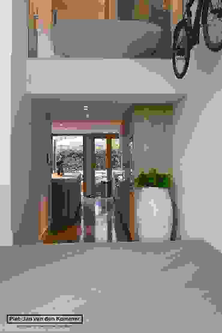 Keuken Loft Moderne keukens van Piet-Jan van den Kommer Modern