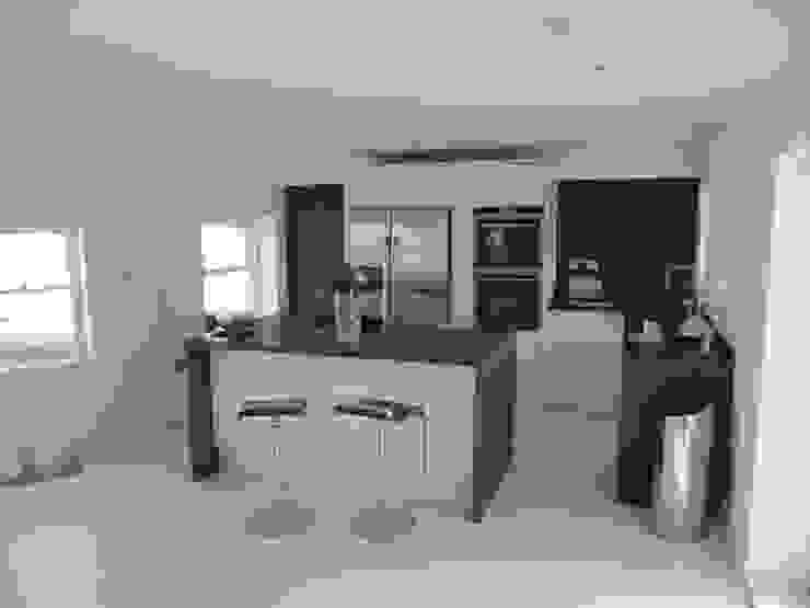 Medina Terrace, Hove Minimalistische Küchen von Mohsin Cooper Architects Minimalistisch