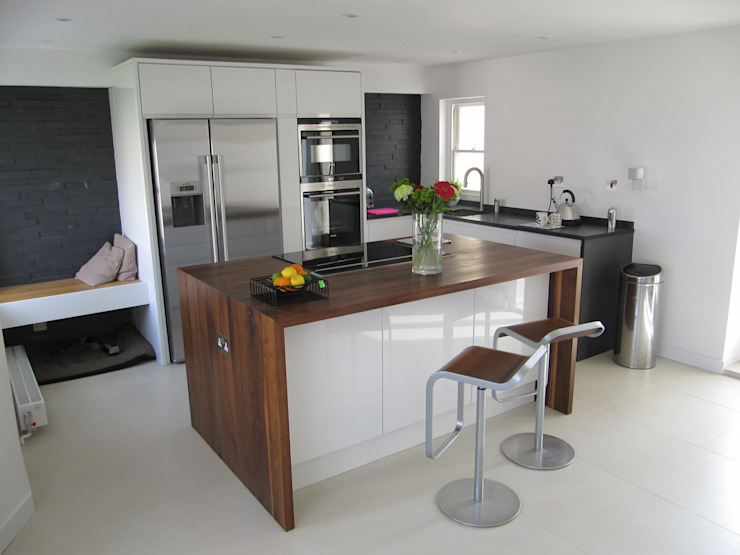 Medina Terrace, Hove:  Kitchen by Mohsin Cooper Architects, Minimalist