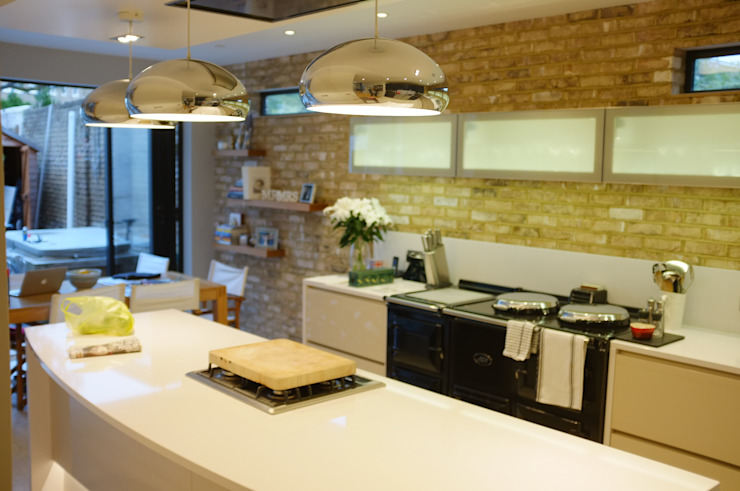 Clapham South - Conversion and Refurbishment Modern kitchen by Arc 3 Architects & Chartered Surveyors Modern