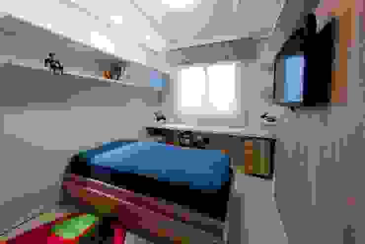 Projeto arquitetônico de interiores para residência unifamiliar. – (Fotos: Lio Simas) Quartos ecléticos por ArchDesign STUDIO Eclético