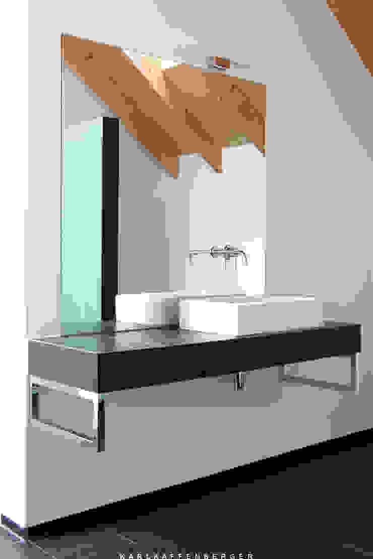 Baños de estilo moderno de Karl Kaffenberger Architektur | Einrichtung Moderno