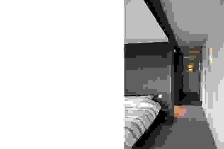 Notariswoning Moderne slaapkamers van a-LEX Modern