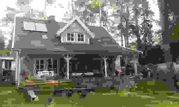 Akost GmbH 'Ihr Traumhaus aus Norwegen' Scandinavian style houses