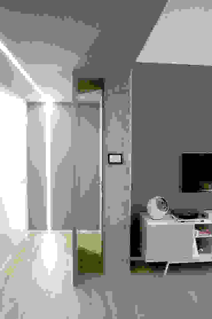 Private Flat Soggiorno minimalista di Moodern Minimalista