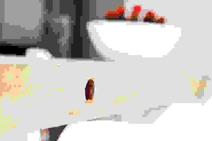 Jolanda Knook interieurvormgeving 廚房桌椅