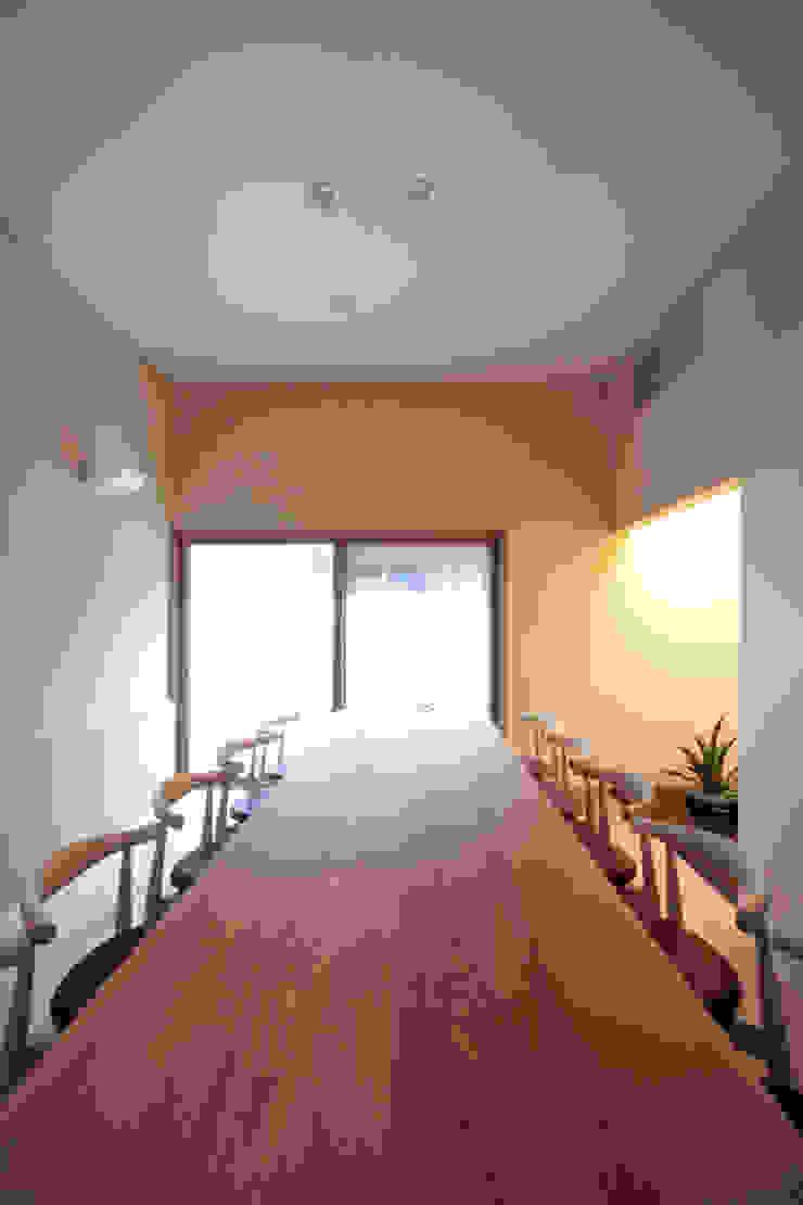 応接室 中川龍吾建築設計事務所 オリジナルデザインの 多目的室
