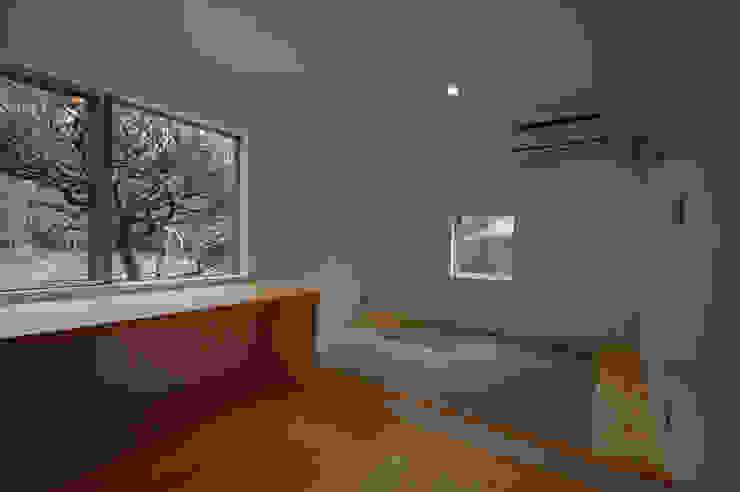 S教授の家_寝室 和風の 寝室 の 佐賀高橋設計室/SAGA + TAKAHASHI architects studio 和風