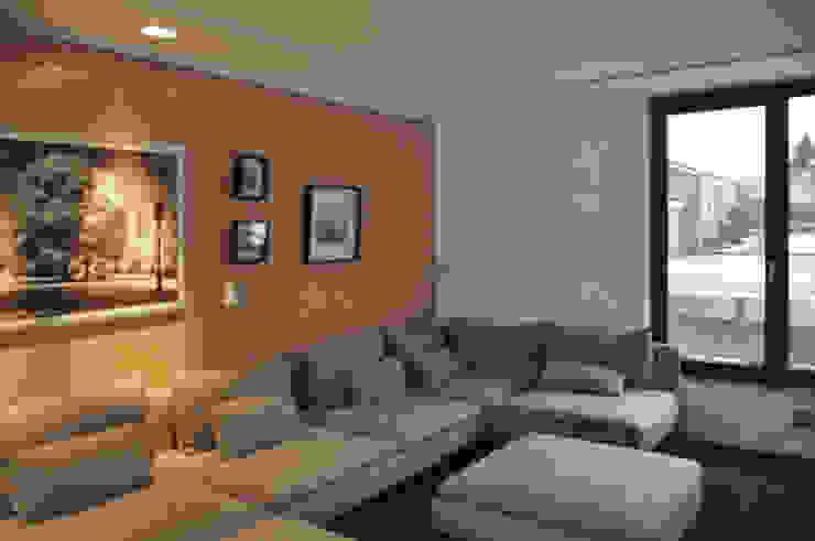 großzügiger Wohnbereich Moderne Wohnzimmer von Lecke Architekten Modern