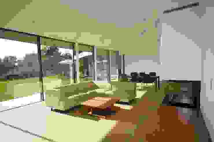Wohnbereich Moderne Wohnzimmer von KARL+ZILLER Architektur Modern