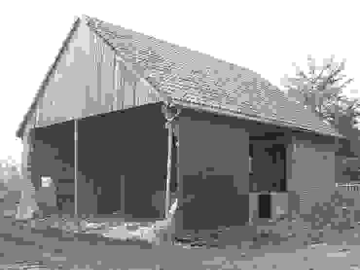 Ehemalige Scheune vor dem Umbau von Lecke Architekten