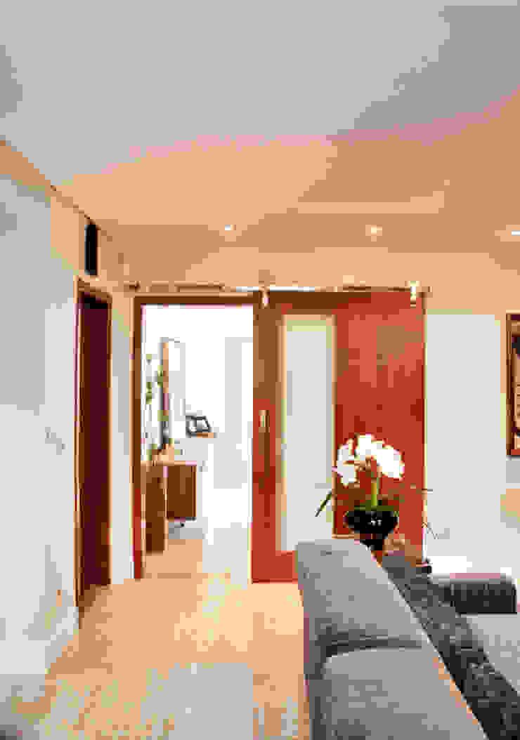 Rustikaler Flur, Diele & Treppenhaus von ArchDesign STUDIO Rustikal