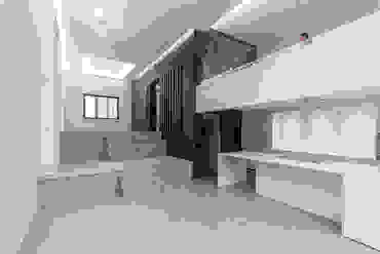 Maison unifamiliale à basse consommation d'énergie RM archi sàrl Salon moderne