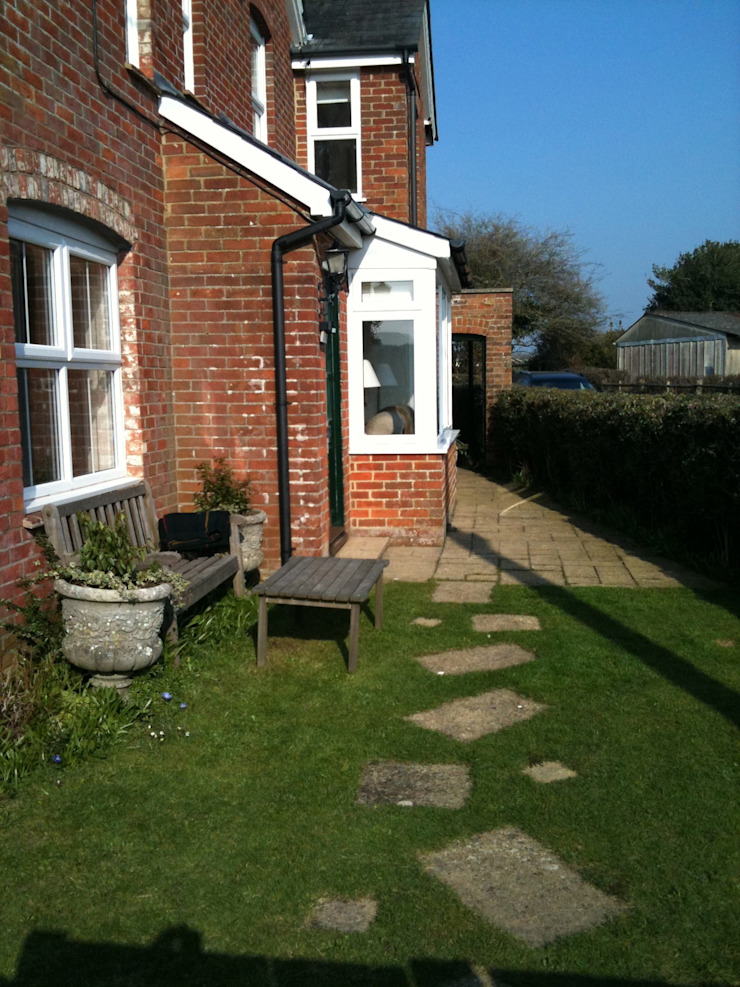 New Forest Cottage by Capability chris