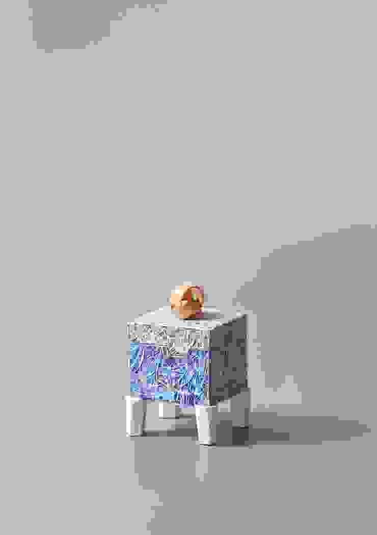 Box-blue-1 by 김세현