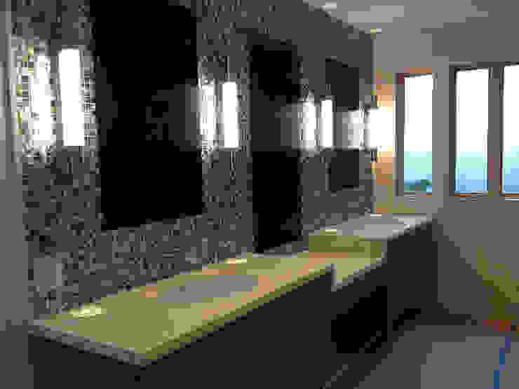 Black Lip Mother of Pearl in Bathroom Renovation in Kentfield, California, USA Modern bathroom by ShellShock Designs Modern