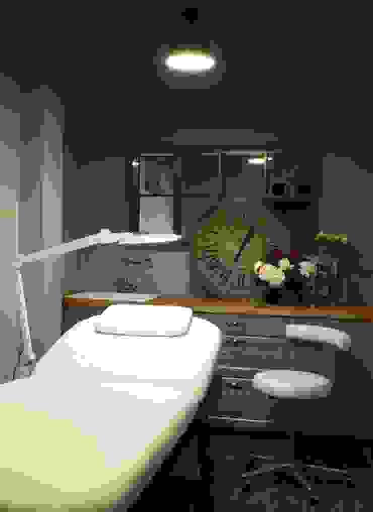 Nails' Office Спа в эклектичном стиле от Atelier Interior Эклектичный