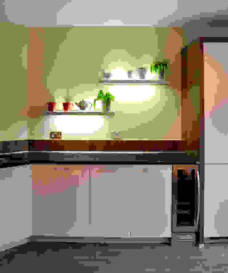 Sandringham Court 07 Modern Kitchen by George Buchanan Architects Modern