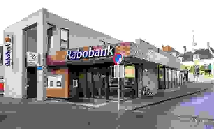 Bankgebebouw, renovatie gevel Moderne kantoor- & winkelruimten van maria haag architectuur Modern