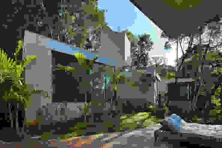 Casa MR Casas modernas por Humberto Hermeto Moderno