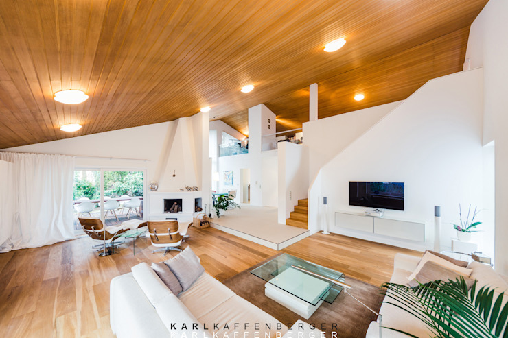 Salones de estilo moderno de Karl Kaffenberger Architektur | Einrichtung Moderno