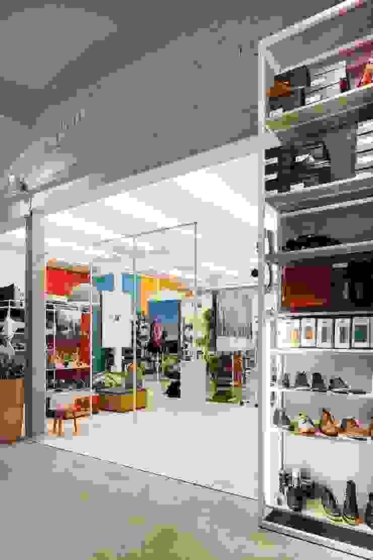 Moose in the City – Antwerpen Scandinavische winkelruimten van PUUR interieurarchitecten Scandinavisch