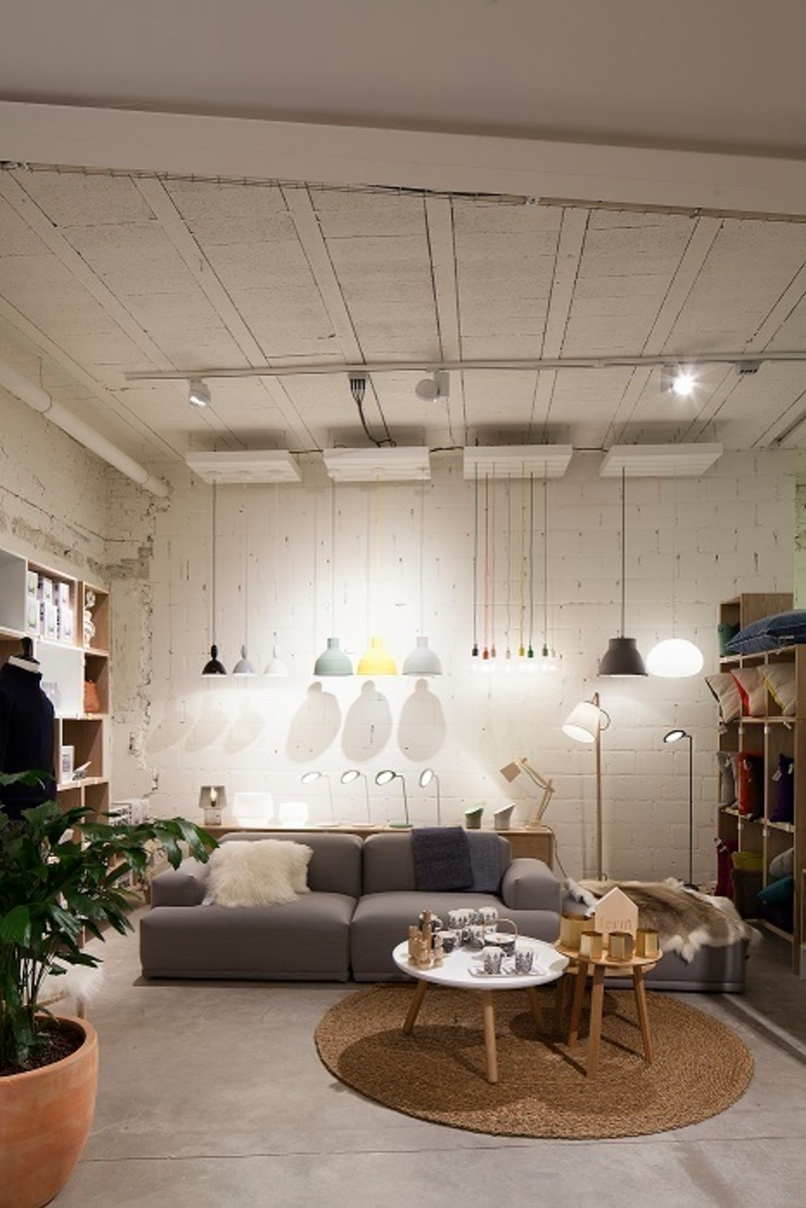 PUUR interieurarchitecten Skandinavische Ladenflächen