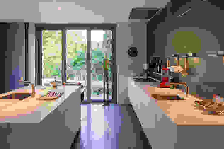 Moderne keukens van ARCHITEKTEN BRÜNING REIN Modern