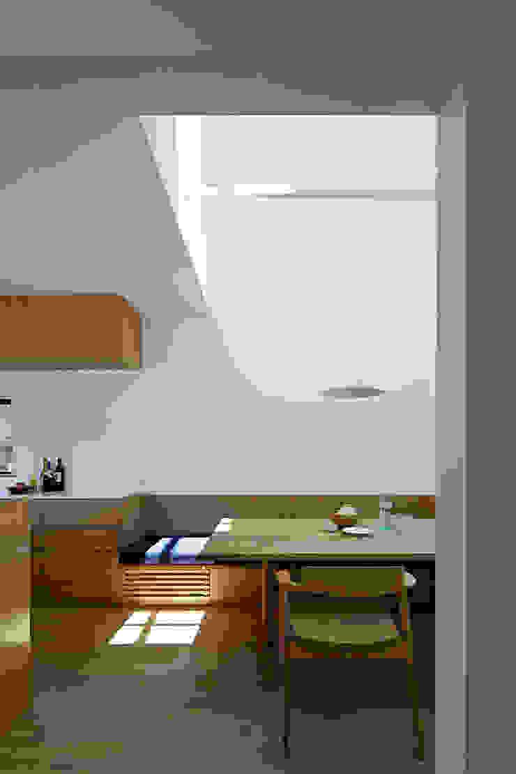 House – KT モダンデザインの ダイニング の 佐々木達郎建築設計事務所 モダン