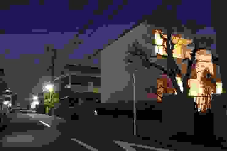 大きな土間空間のある家(横須賀の家) 地中海風 家 の 大島功市建築研究所 一級建築士事務所 地中海