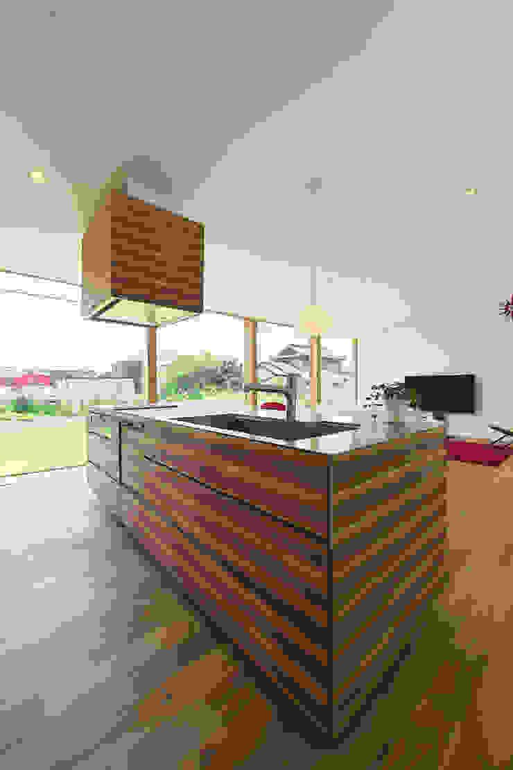奥田の家 オリジナルデザインの キッチン の 五藤久佳デザインオフィス有限会社 オリジナル
