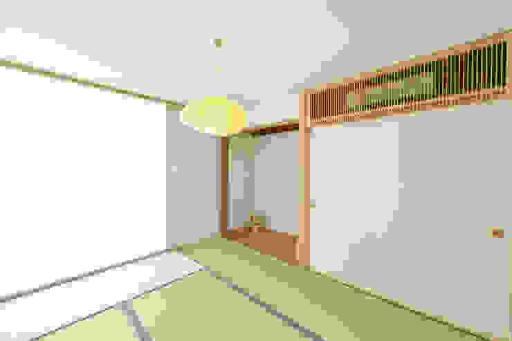奥田の家 オリジナルデザインの 多目的室 の 五藤久佳デザインオフィス有限会社 オリジナル