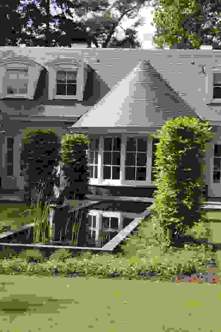 Ook met leien kun je bijzonder vormen maken Landelijke tuinen van Arceau Architecten B.V. Landelijk