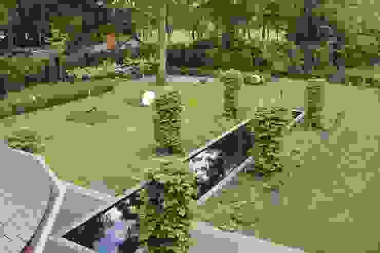 Bij een mooi woonhuis hoort een dito tuin met duidelijke lijnen Landelijke tuinen van Arceau Architecten B.V. Landelijk
