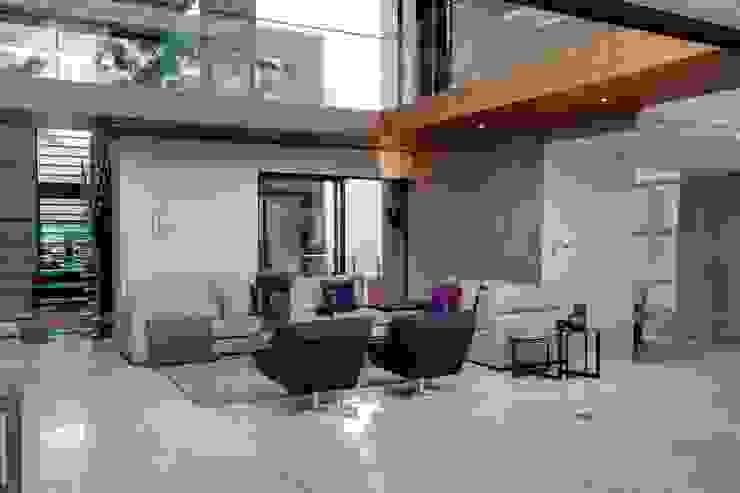 House Sed من Nico Van Der Meulen Architects حداثي