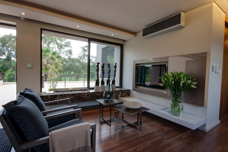 House Sed Modern style bedroom by Nico Van Der Meulen Architects Modern