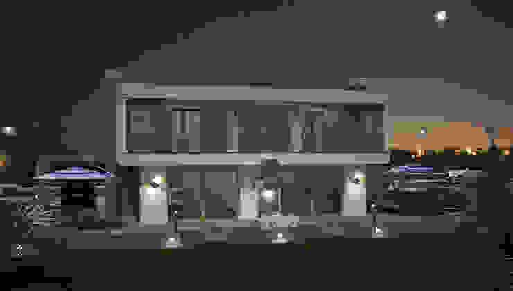 Minimalist houses by TARKAN OKTAY MİMARLIK Minimalist
