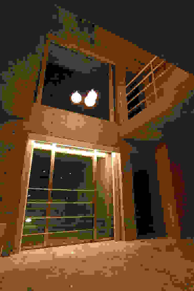 稲沢の家 オリジナルデザインの リビング の 五藤久佳デザインオフィス有限会社 オリジナル