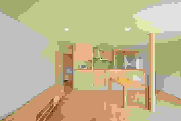 南濃の家 オリジナルデザインの リビング の 五藤久佳デザインオフィス有限会社 オリジナル