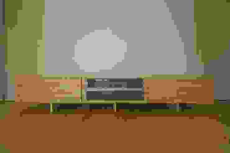 南濃の家: 五藤久佳デザインオフィス有限会社が手掛けた折衷的なです。,オリジナル