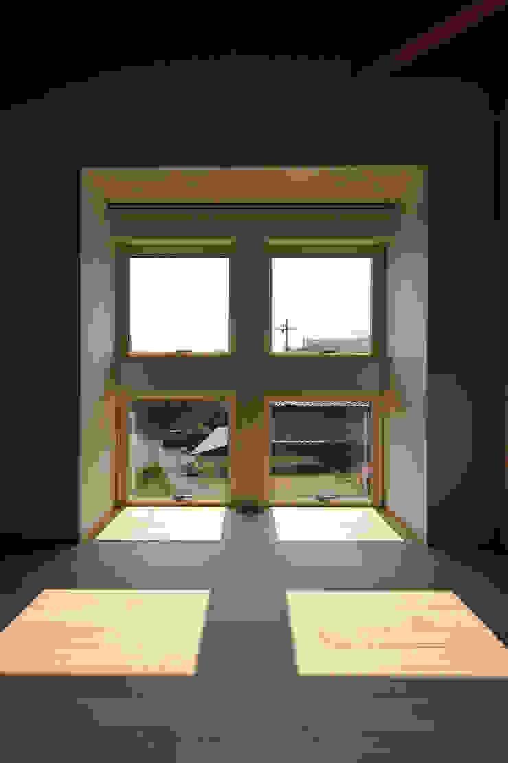 南濃の家 オリジナルな 窓&ドア の 五藤久佳デザインオフィス有限会社 オリジナル